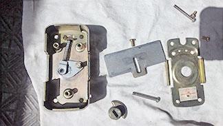 錠前の分解修理